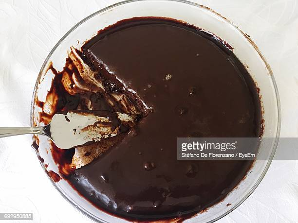 high angle view of fresh chocolate cake in plate on table - chocolate cake above stock pictures, royalty-free photos & images