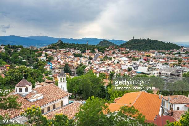 high angle view of houses in town against sky - plovdiv imagens e fotografias de stock