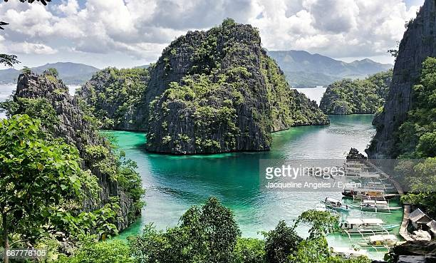 high angle view of idyllic coron island - palawan stock pictures, royalty-free photos & images