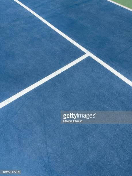 high angle view of lines on the tennis court - tennis stock pictures, royalty-free photos & images