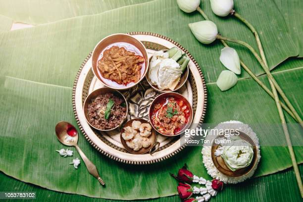 high angle view of meal served in plate on banana leaf - provincia di chiang mai foto e immagini stock