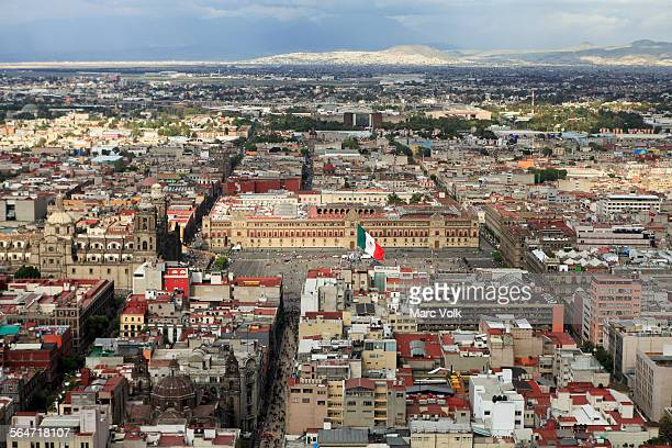 high angle view of metropolitan cathedral and national palace at zocalo - national palace mexico city stock pictures, royalty-free photos & images