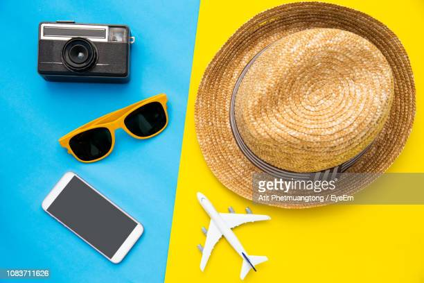 high angle view of objects on colored background - two tone color stock pictures, royalty-free photos & images