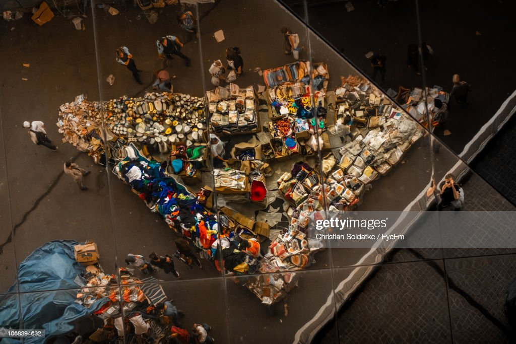 High Angle View Of People At Market In City : Stock-Foto