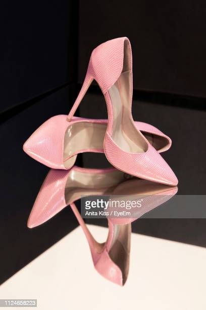 high angle view of pink shoes - high heels stock pictures, royalty-free photos & images