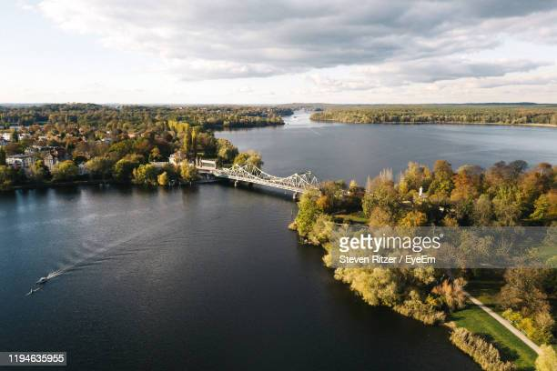 high angle view of river against sky - land brandebourg photos et images de collection