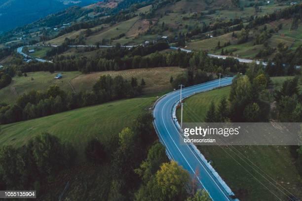 high angle view of road amidst landscape - bortes - fotografias e filmes do acervo