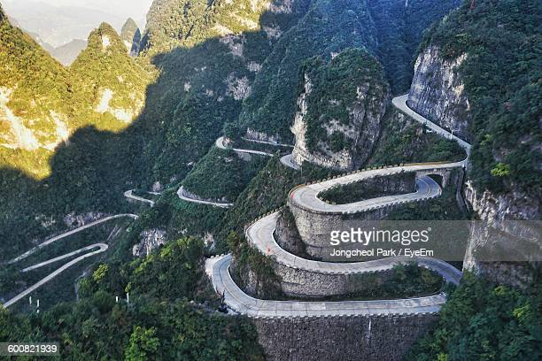high angle view of road at tianmen mountain - hunan province stock pictures, royalty-free photos & images