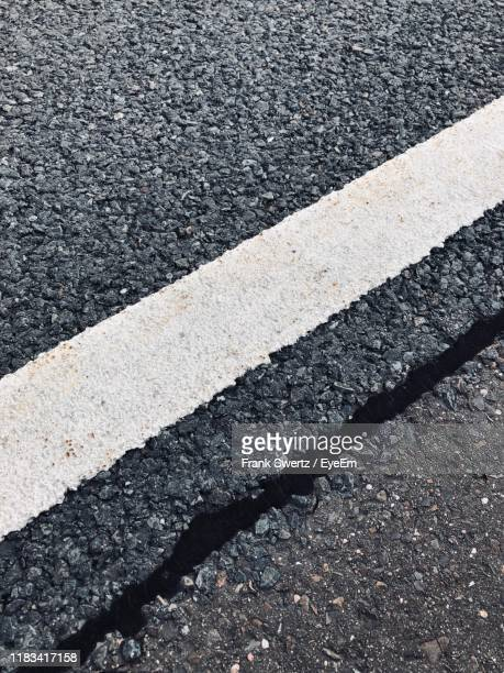high angle view of road marking - frank swertz stock pictures, royalty-free photos & images