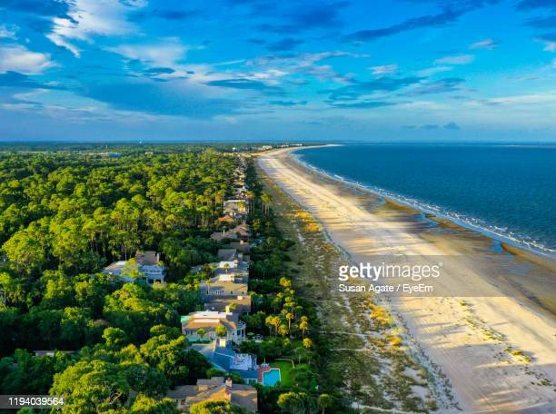 high angle view of sea against sky - hilton head stock pictures, royalty-free photos & images