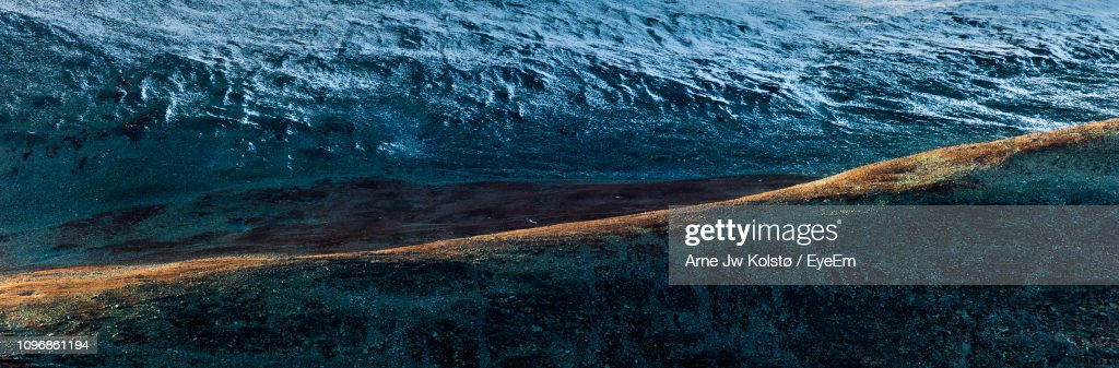 High Angle View Of Sea Waves : Foto de stock