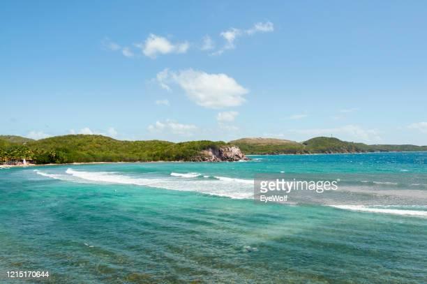 high angle view of the coastline in st. thomas, usvi - paisajes de st thomas fotografías e imágenes de stock