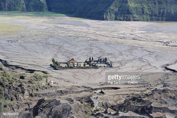 high angle view of tourist resort after landslide - mudslide stock pictures, royalty-free photos & images