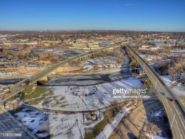 high angle view of townscape against sky - sioux falls stock pictures, royalty-free photos & images