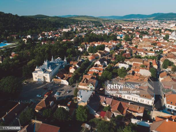 high angle view of townscape against sky - bortes fotografías e imágenes de stock