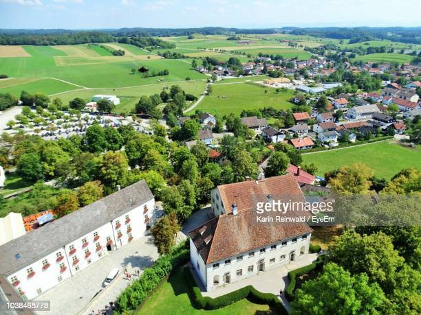 high angle view of townscape - starnberg photos et images de collection