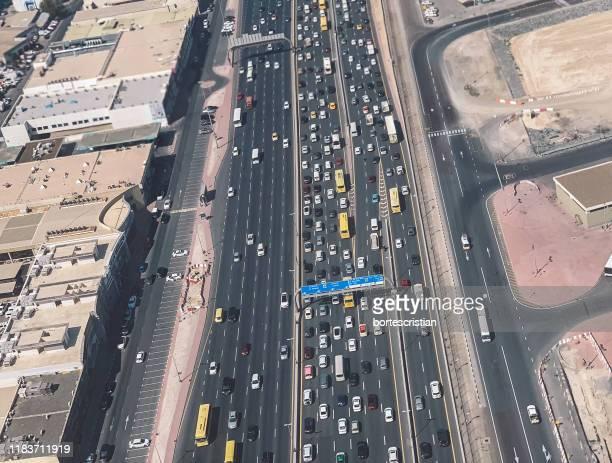 high angle view of traffic on road - bortes stockfoto's en -beelden
