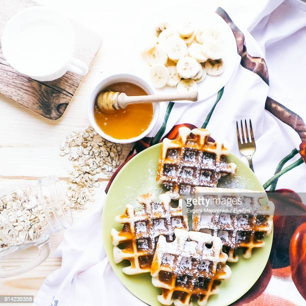 high angle view of waffles in plate on table - オレンブルク州 ストックフォトと画像