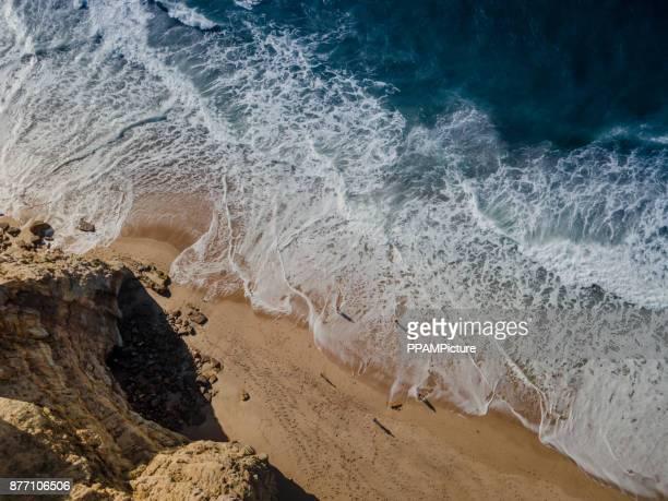 High Angle View Of Wasser und Felsen