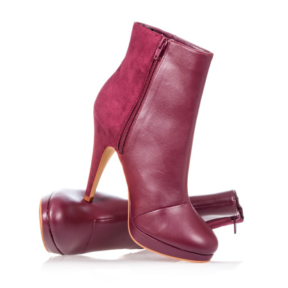 High heels ankle boot in dark red 171377295