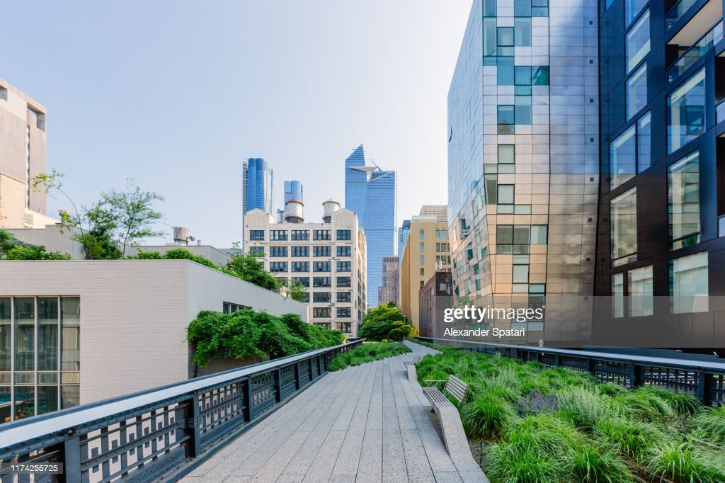 High Line Park and skyscrapers of Hudson Yards, New York City, USA : Stock-Foto