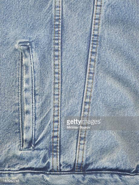 高解像度のパウダーブルーのデニムジャケットのディテール - 裾 ストックフォトと画像