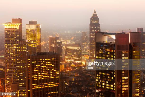 high rise financial buildings at night, frankfurt, germany - frankfurt main stock pictures, royalty-free photos & images