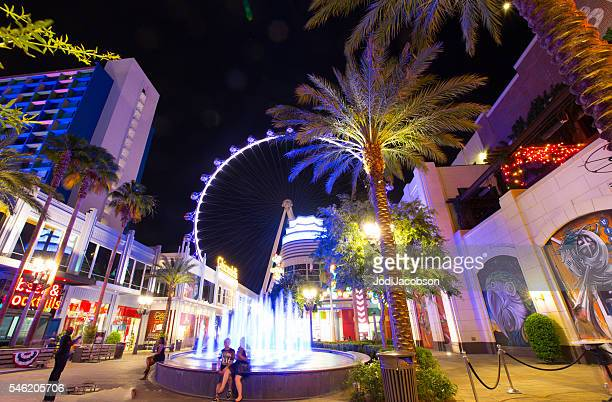 high roller ferris wheel in las vegas at night - high roller ferris wheel stock photos and pictures