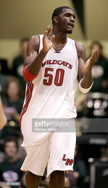 High school basketall superstar Greg Oden of Lawrence North Indianapolis during play against Poplar Bluff HS in Indianapolis IN