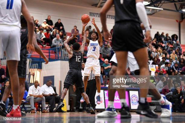 South Garland Tyrese Maxey in action shooting vs Wylie at South Garland HS Maxey a top recruit has committed to University of Kentucky for Fall 2019...