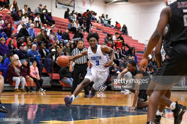 South Garland Tyrese Maxey in action vs Wylie at South Garland HS Maxey a top recruit has committed to University of Kentucky for Fall 2019 Garland...