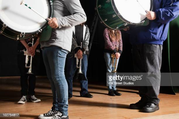 high school marching band - marching band stock pictures, royalty-free photos & images
