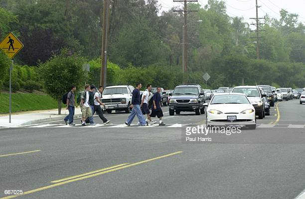 High school students at Calabasas High School park their cars in residential areas May 30 2000 and walk to school Many students are now driving to...