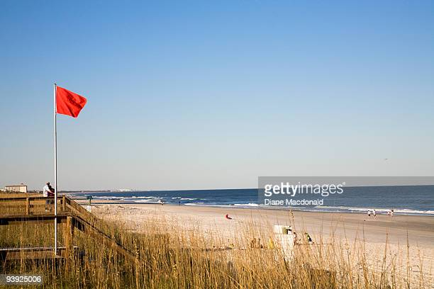 high surf warning, jacksonville beach, florida - jacksonville beach stock pictures, royalty-free photos & images