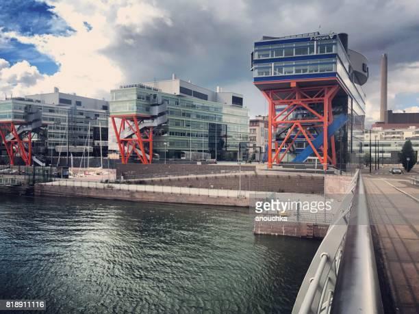 high tech centre (htc), edifici per uffici nel distretto di ruoholahti, helsinki, finlandia - helsinki foto e immagini stock