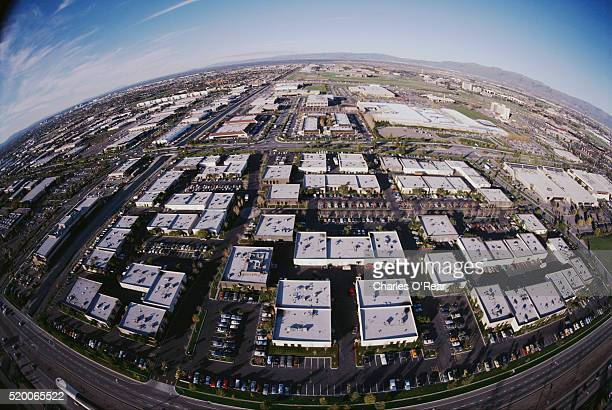 high tech industry offices in silicon valley - birthplace of silicon valley stockfoto's en -beelden