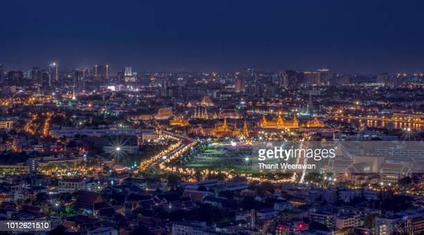 high view of grand palace and wat phra keaw at bangkok, thailand - provinz chonburi stock-fotos und bilder