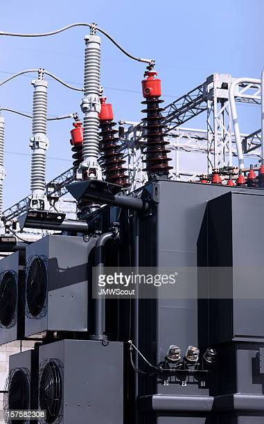 High voltage transformer