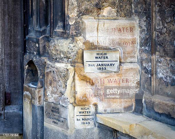 high water marks on king's lynn minster - king's lynn stock pictures, royalty-free photos & images