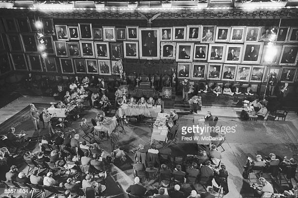 Highangle view of the hearing room during the proceedings of the Knapp Commission New York New York November 13 1971 American police officer Frank...