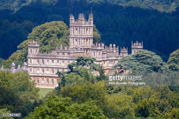 highclere castle, hampshire, uk - ハイクレア城 ストックフォトと画像