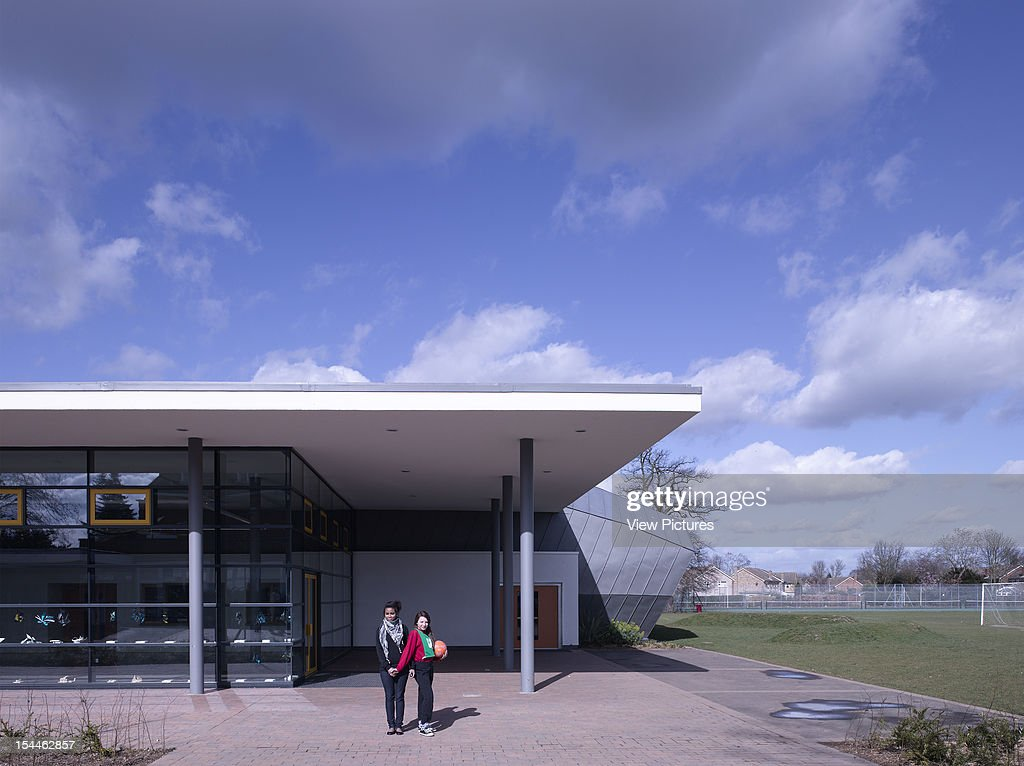 Highdown School Reading United Kingdom Architect Haverstock Associates Llp Highdown School Entrance Canopy & Highdown School Stock Photos and Pictures | Getty Images