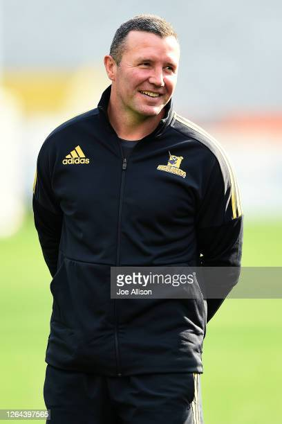 Highlanders coach Aaron Mauger looks on during a Highlanders Super Rugby training session at Forsyth Barr Stadium on August 07 2020 in Dunedin New...