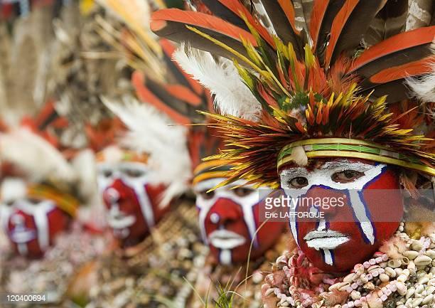 Highlands women in Mount Hagen Papua New Guinea