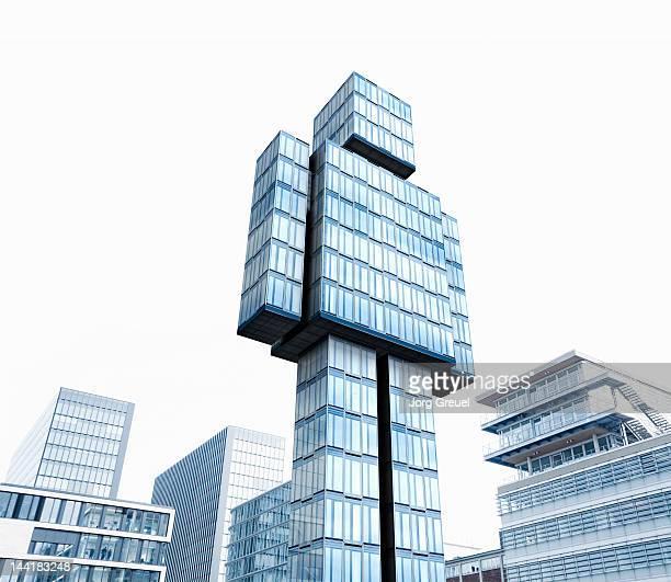high-rise building in the shape of the human body - edificios especiales fotografías e imágenes de stock
