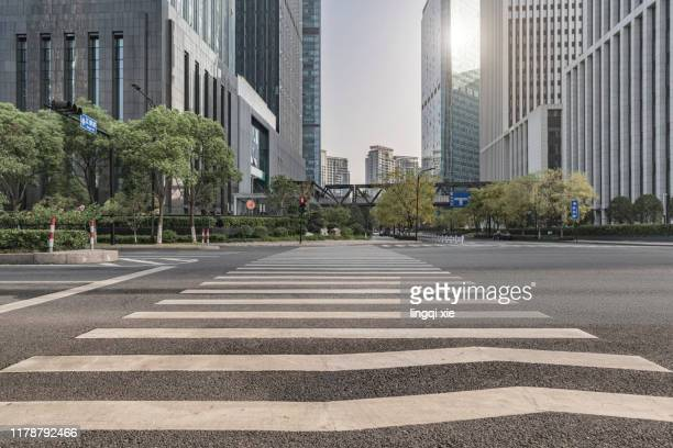 high-rises and streets in qianjiang new town, hangzhou, china - アジア大会 ストックフォトと画像