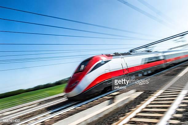 ad アルタ velocità treno - 高速列車 ストックフォトと画像