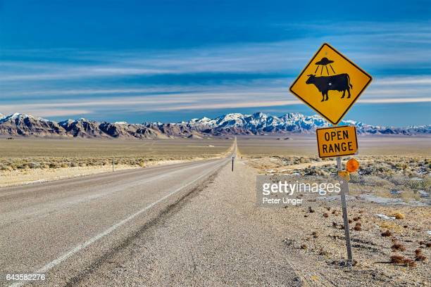 highway 375 also know as the extraterrestrial highway,nevada,usa - nevada stock pictures, royalty-free photos & images
