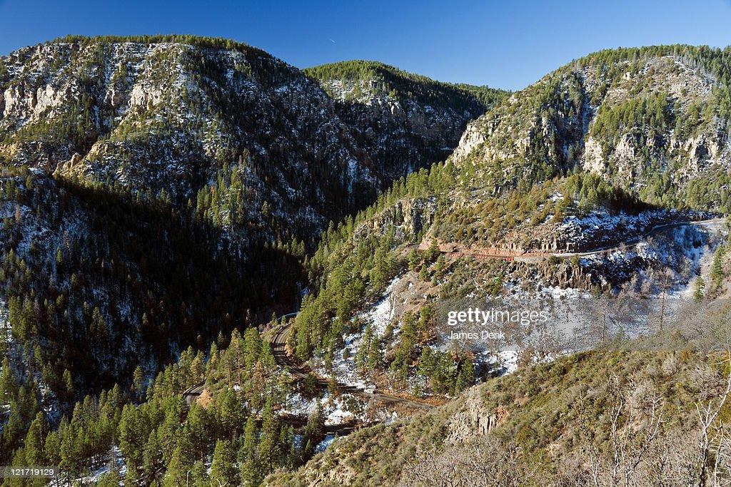 Highway 89A meanders to Oak Creek Canyon Vista, Arizona : Stock Photo