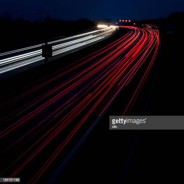 La carretera al atardecer, exposición prolongada